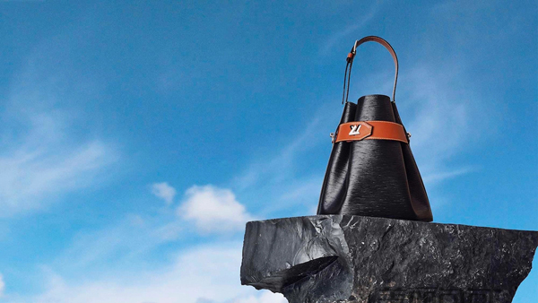 LV2019春夏时装秀 明星嘉宾都拿什么样的包?
